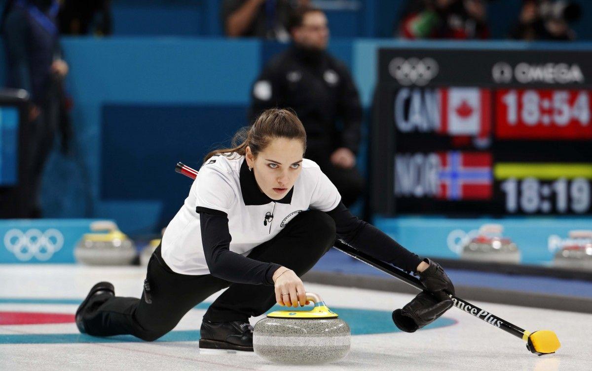 В олімпійському Пхенчхані стартували змагання з керлінгу / REUTERS