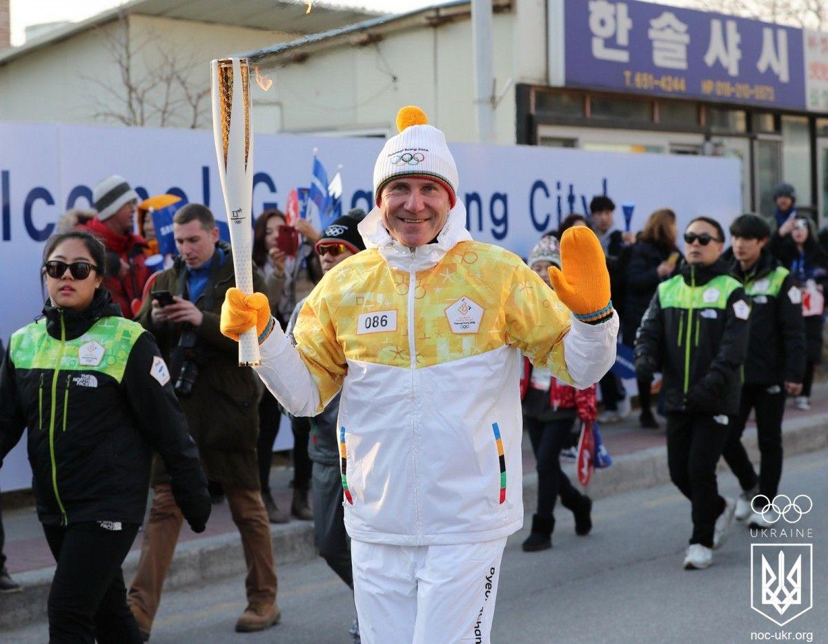 Бубка взяв участь в естафеті олімпійського вогню / noc-ukr.org