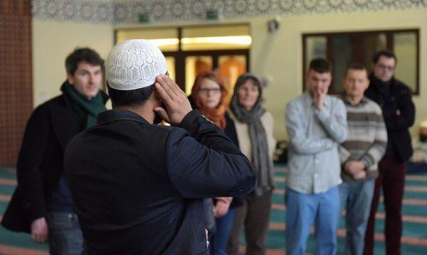 Мечеті відкриють двері для всіх бажаючих / islam-today.ru
