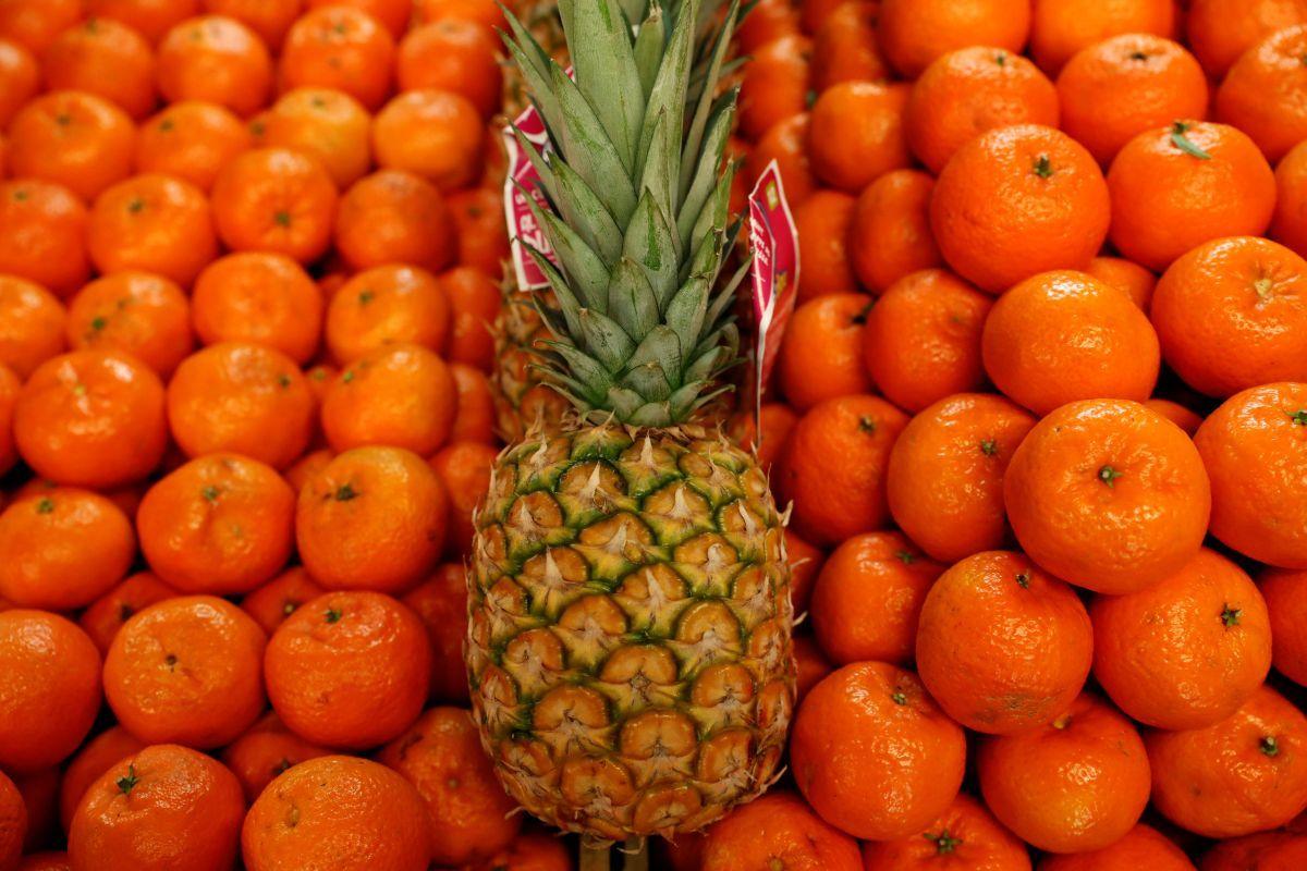 Прибыльность выращивания тропических фруктов снижается / REUTERS