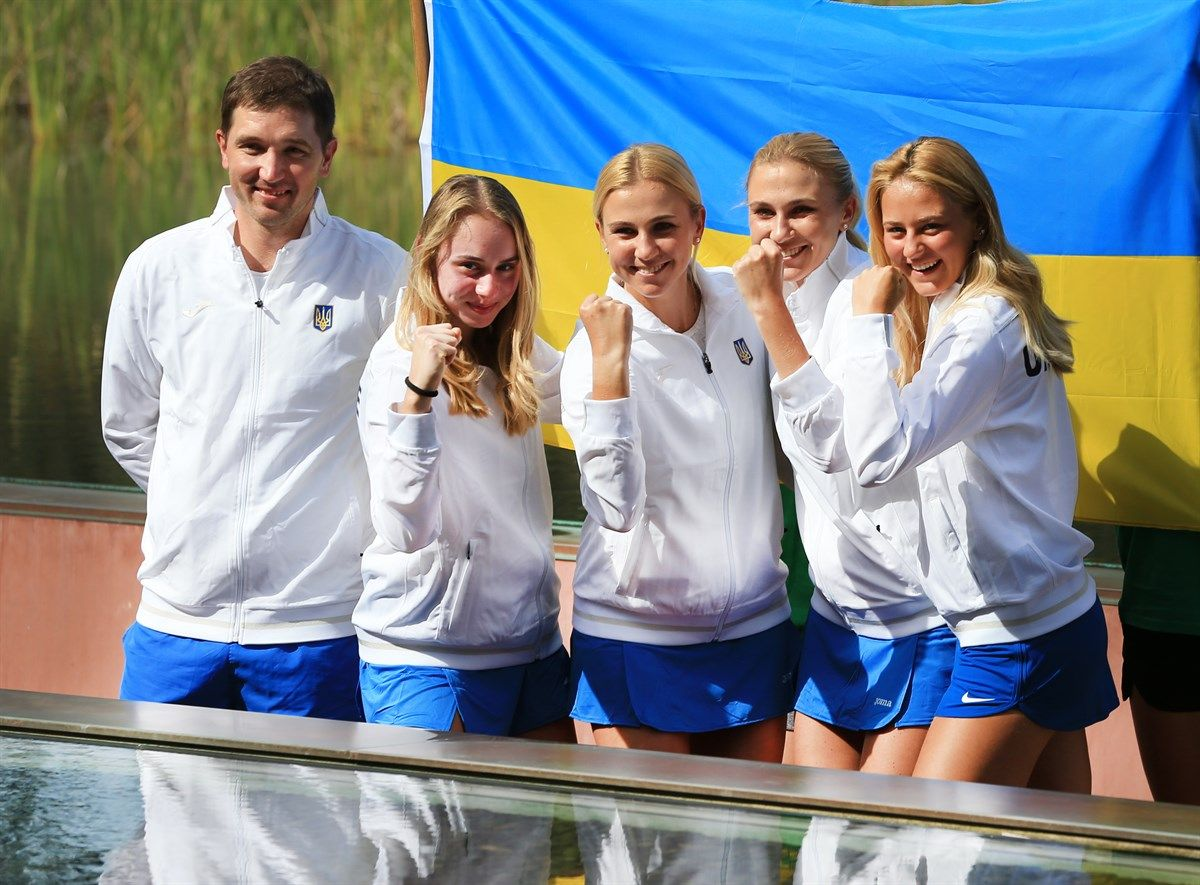 Украинские теннисистки и их капитан Михаил Филима готовы дать решительный бой команде Австралии / fedcup.com