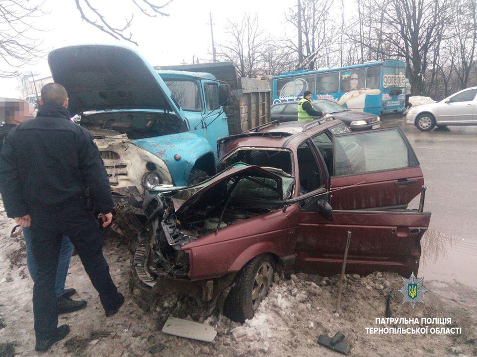 В результате ДТП водитель погиб / фото полиции Тернопольщины