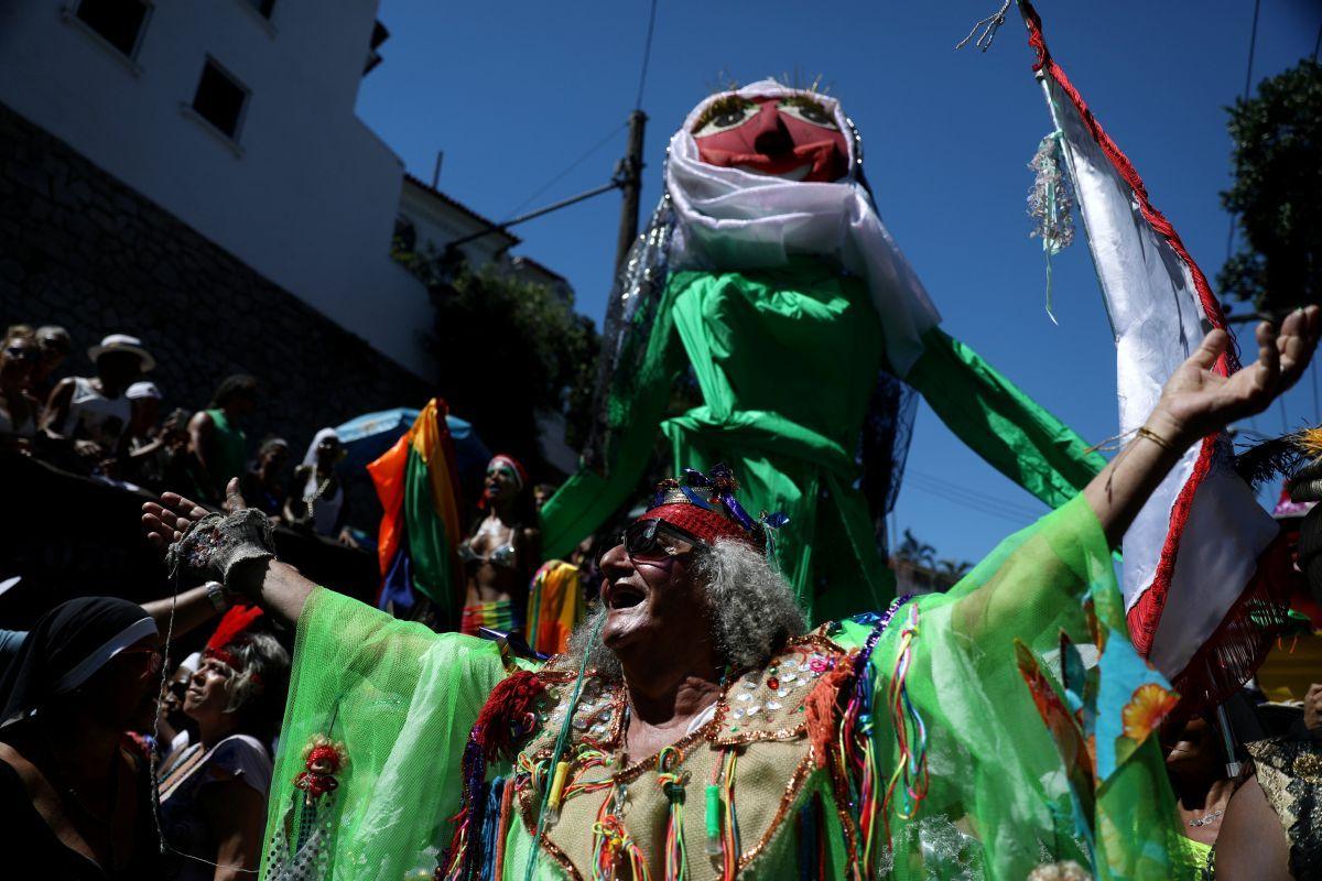 У Ріо-де-Жанейро розпочався знаменитий карнавал