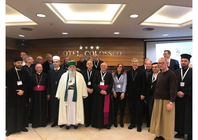 Духовенство особое внимание уделило вопросу сопровождения смешанным мусульманско-христианских супружеских пар / radiovaticana.va