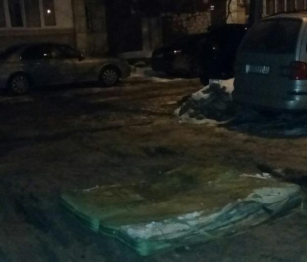 Насколько эффективен такой ремонт, покажет время / фото bloknot-voronezh