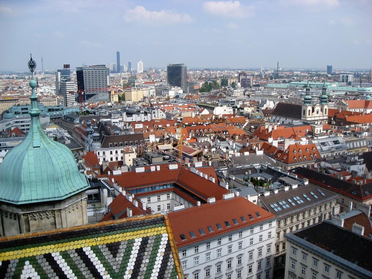 Вид на Відень з башти Собору Святого Стефана / фото УНІАН