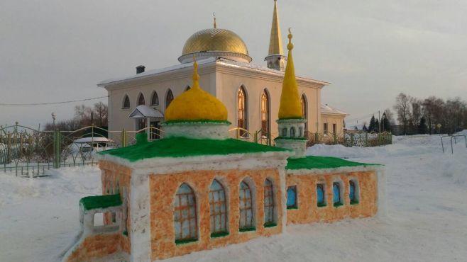 Снежная мечеть - точная копия действующей / tatar-inform.ru