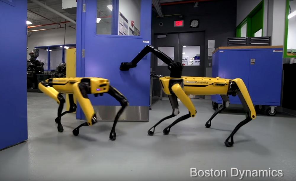 Робособаки теперь могут уйти когда захотят / Boston Dynamics