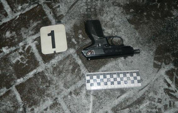Під Києвом чоловік кинув гранату в будинок, поранив трьох і вбив собаку