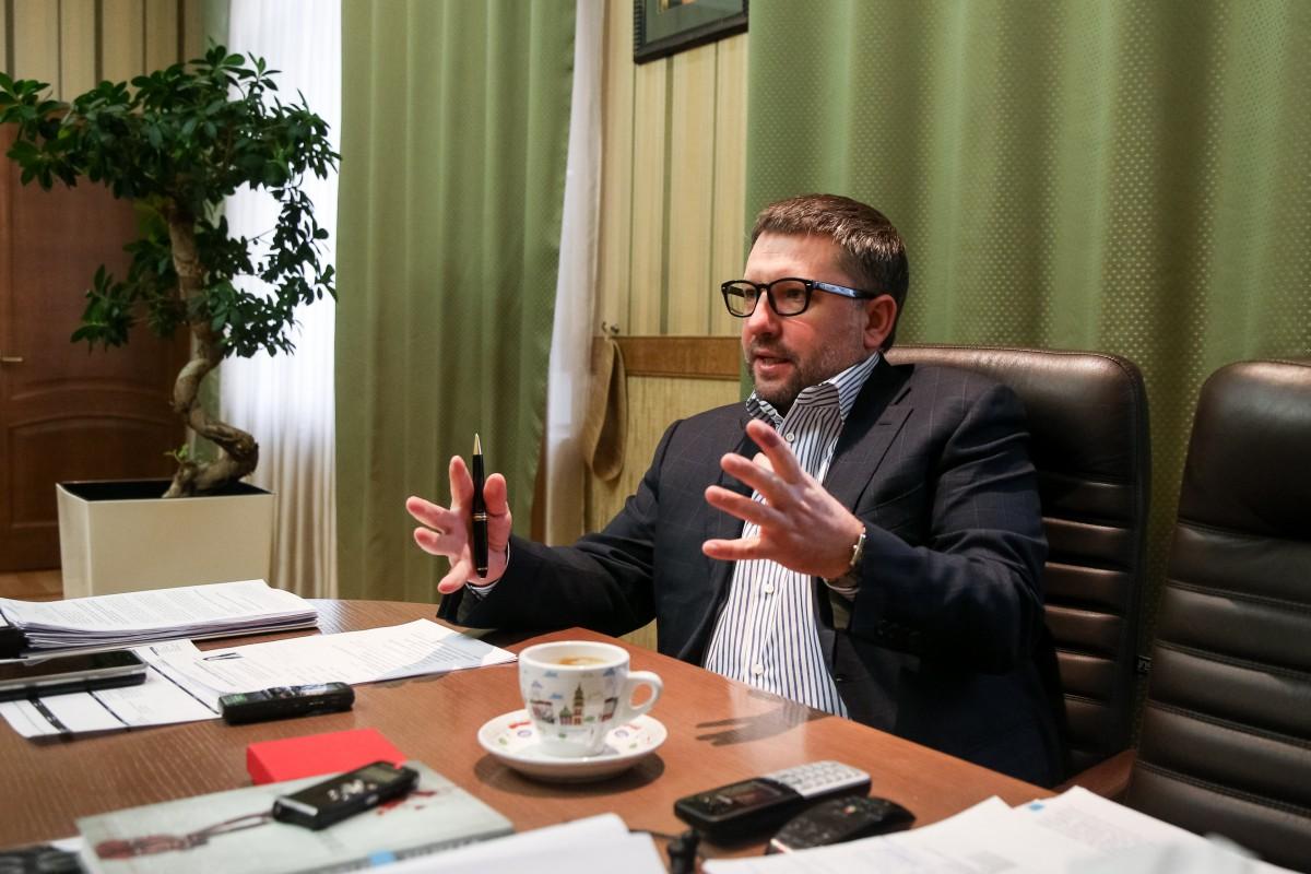 Чернишов запевняє, що ситуація в системі потроху змінюється / фото УНІАН