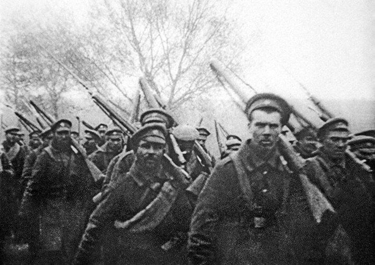 Відправка солдатів на фронт під час Першої Світової війни / zavtra.ru