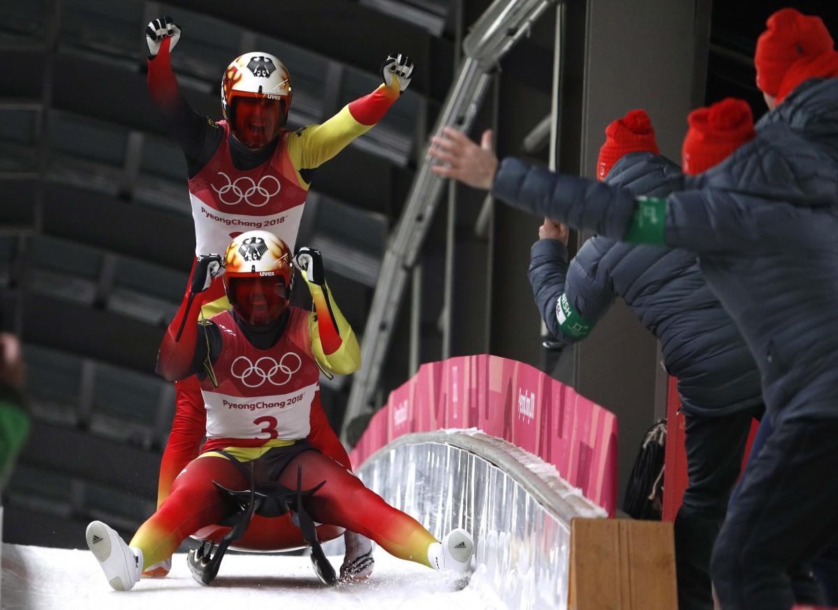 Немецкий дуэт выиграл очередную золотую медаль в санном спорте / Reuters
