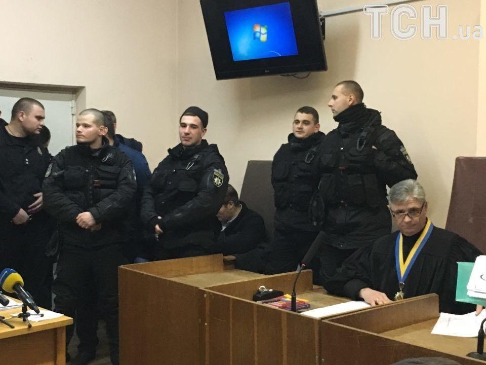 Силовики на суде в отношении Труханова / фото ТСН