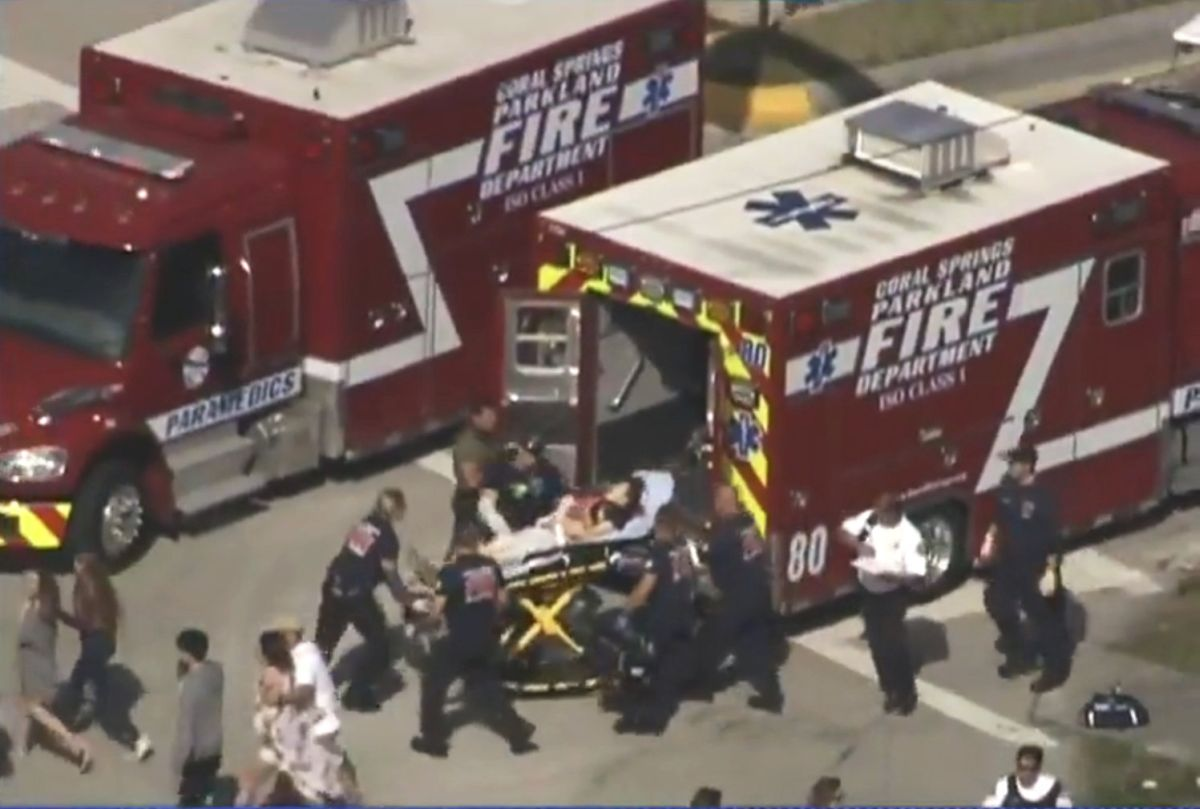 Жертвами стрілянини в школі у Флориді стали 17 людей - шериф
