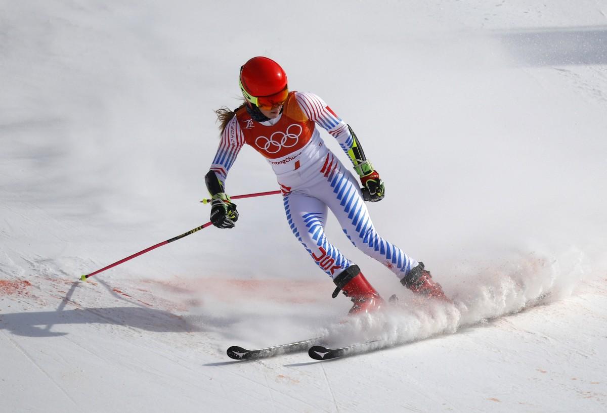 Горнолыжница Шиффрин принесла золото Олимпиады сборной США / Reuters