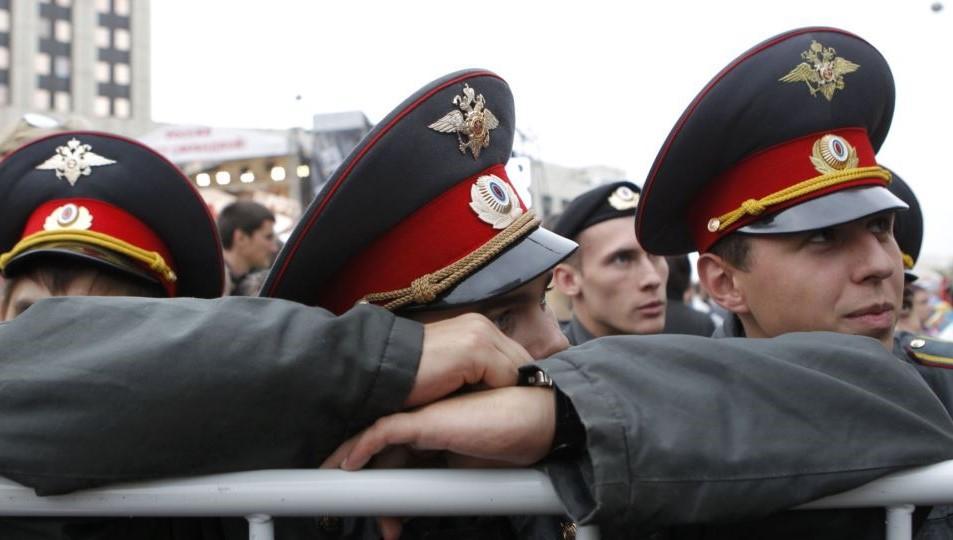 В России полицейские вызвали священника для борьбы с нечистью / фото REUTERS