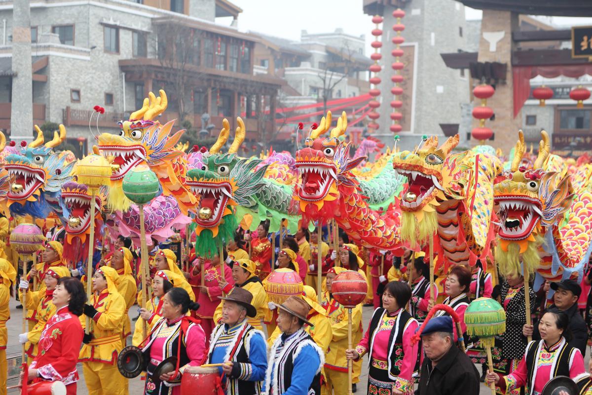 В Китае сегодня встречают новый год по лунному календарю / REUTERS