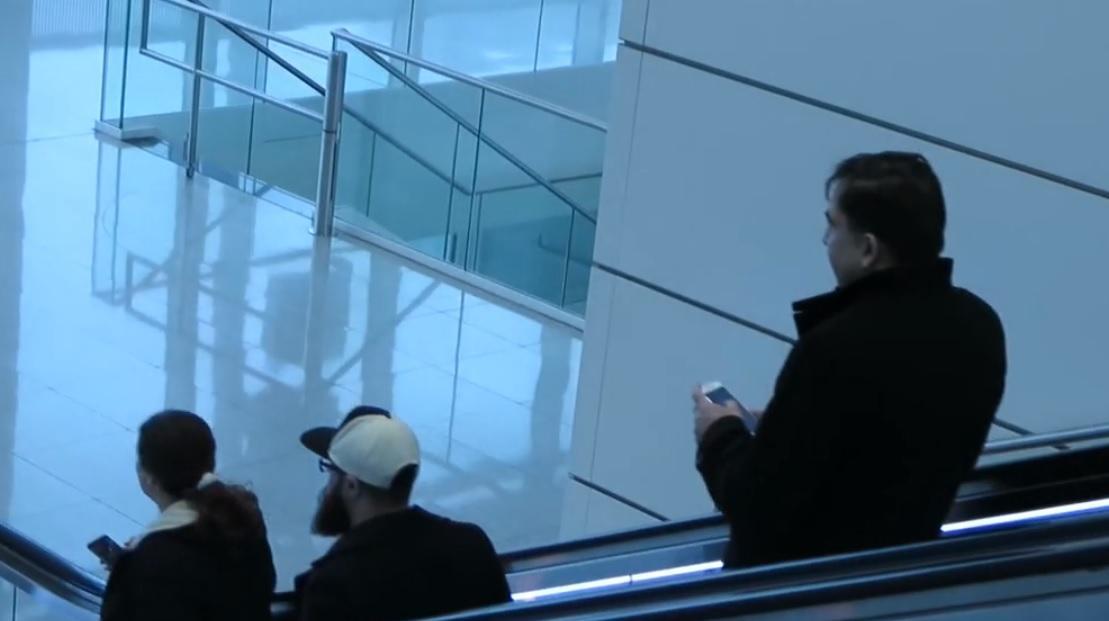 Саакашвили был без охраны и соратников / Скриншот видео ТСН