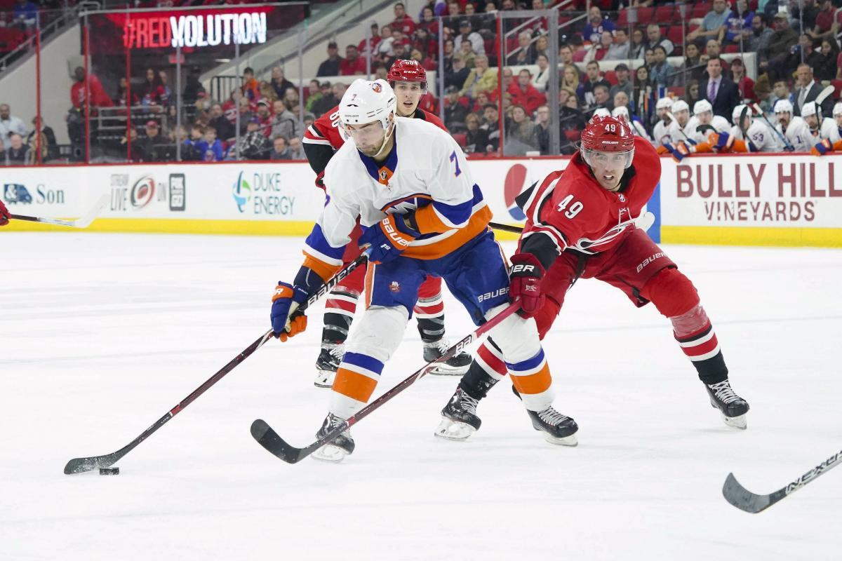 """""""Айлендерс"""" выиграли второй важнейший матч подряд регулярного чемпионата НХЛ / Reuters"""