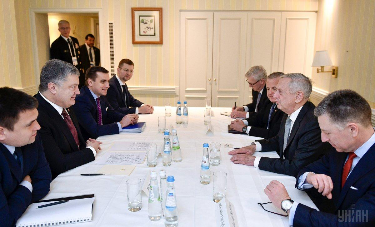 Порошенко встретился с министром обороны США / фото УНИАН