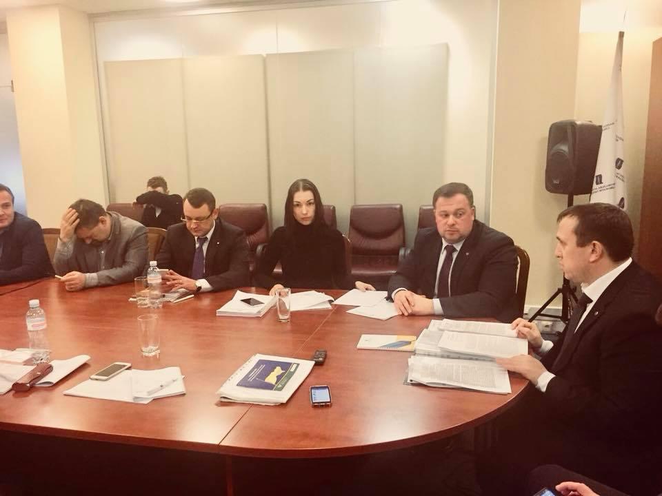 Нацассоциация адвокатов возмущена действиями военных прокуроров при задержании замначальника Киевской таможни / фото facebook.com/lara.sergeevna