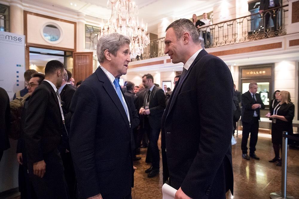 Кличко подякував Німеччині за позицію щодо миротворчої місії на Донбасі