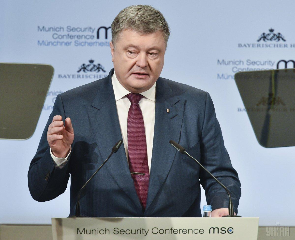 Порошенко призвал Польшу воздержаться от шагов, которые угрожают диалога с исторических вопросов / фото УНИАН