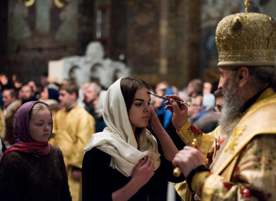 Митрополит Онуфрий с верующими УПЦ / news.church.ua