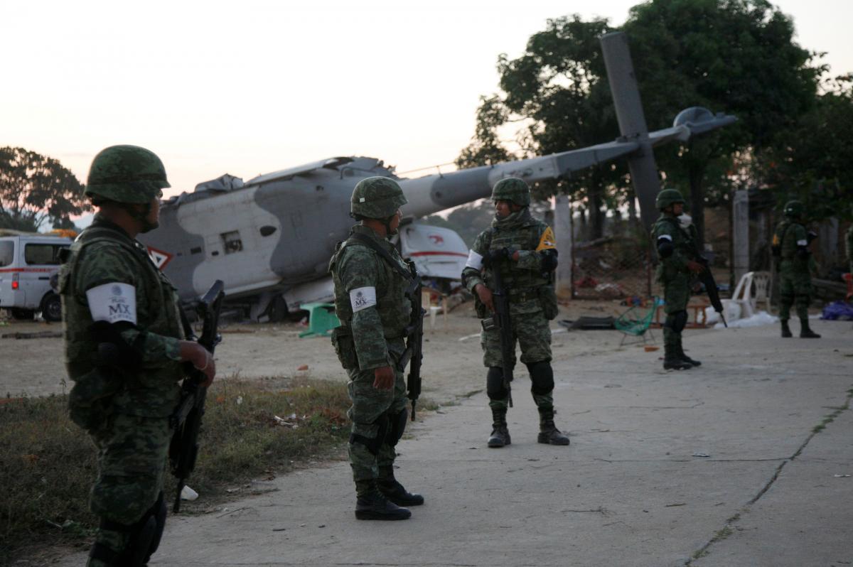 Крушение вертолета в Мексике / REUTERS
