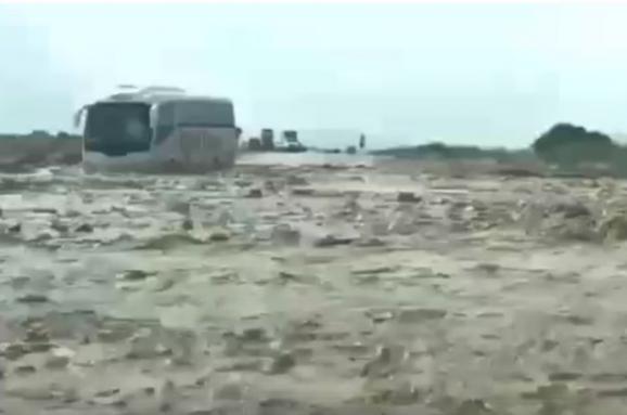 Автобус з українцями застряг в районі Мертвого моря / tsn.ua