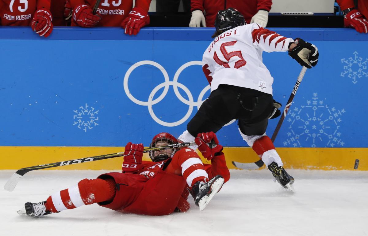 Канада - Олимпийские атлеты России - 5:0 / REUTERS