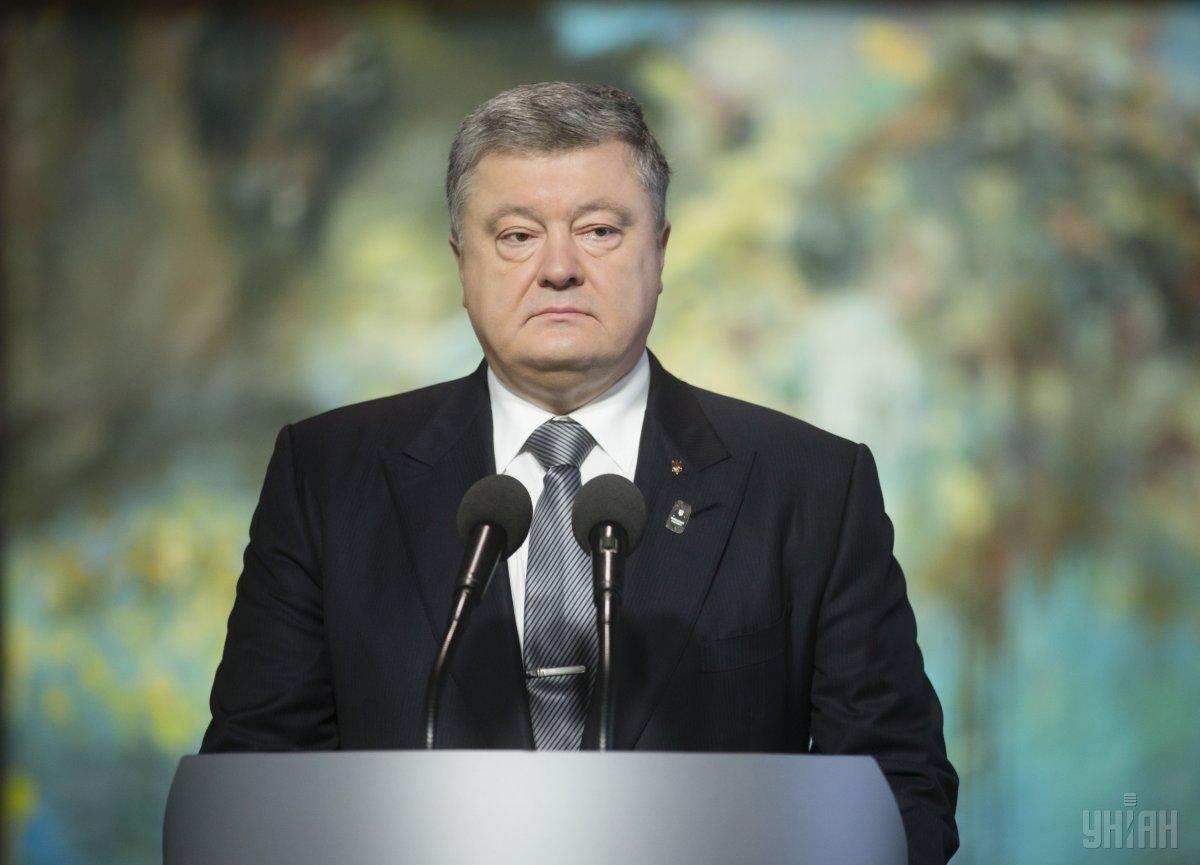 Порошенко отметил, что закон про деоккупацию Донбасса не нарушает Минские соглашения / фото УНИАН