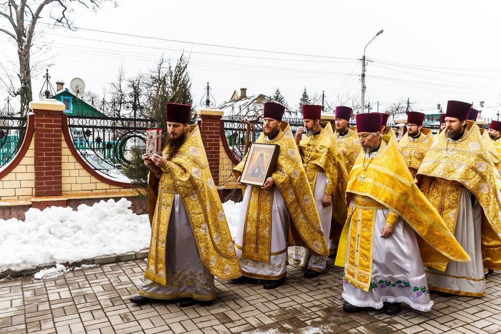 После Литургии состоялся крестный ход вокруг собора / news.church.ua