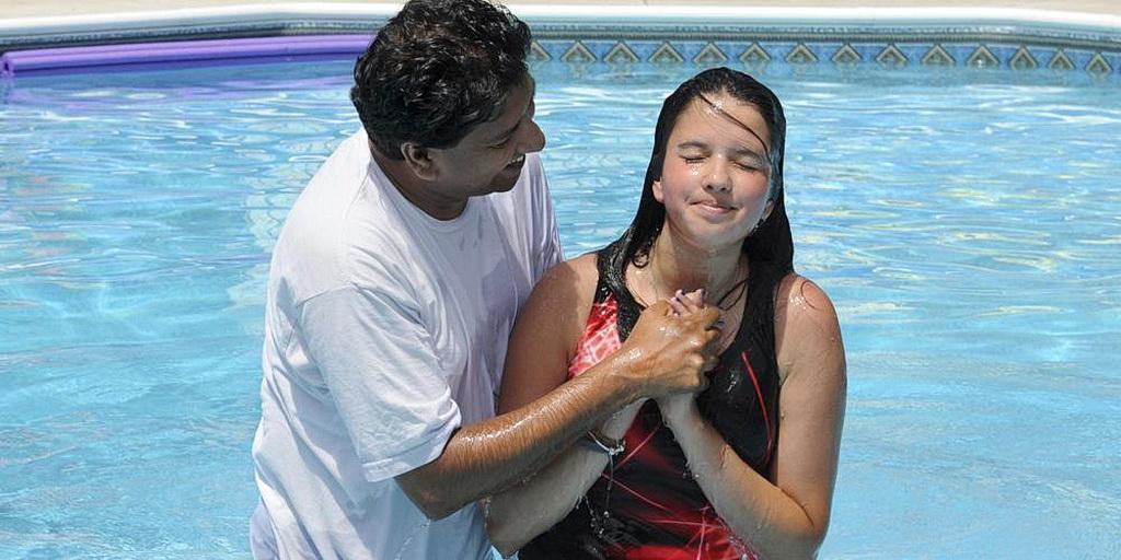 Пресвитеры местных церквей смогут крестить в последние субботы июля и ноября / uuc.adventist.ua