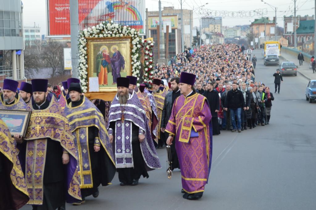 Фото: Крестный ход в неделю Торжества Православия в Ровно. Март, 2017 г. / rivne.church.ua