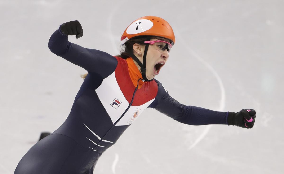 Шултинг выиграла первое золото на Играх в Пхенчхане / Reuters