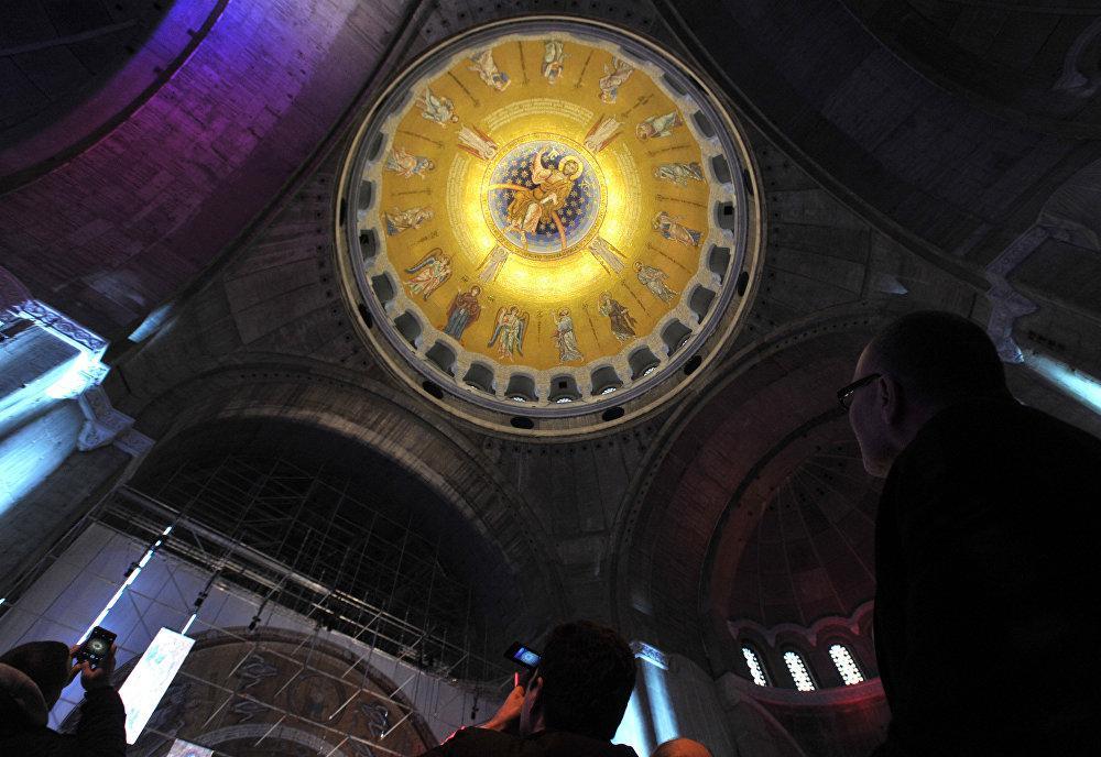 Площадь композиции Вознесения Господня в куполе храма составляет 1248 квадратных метров / sputniknews.com