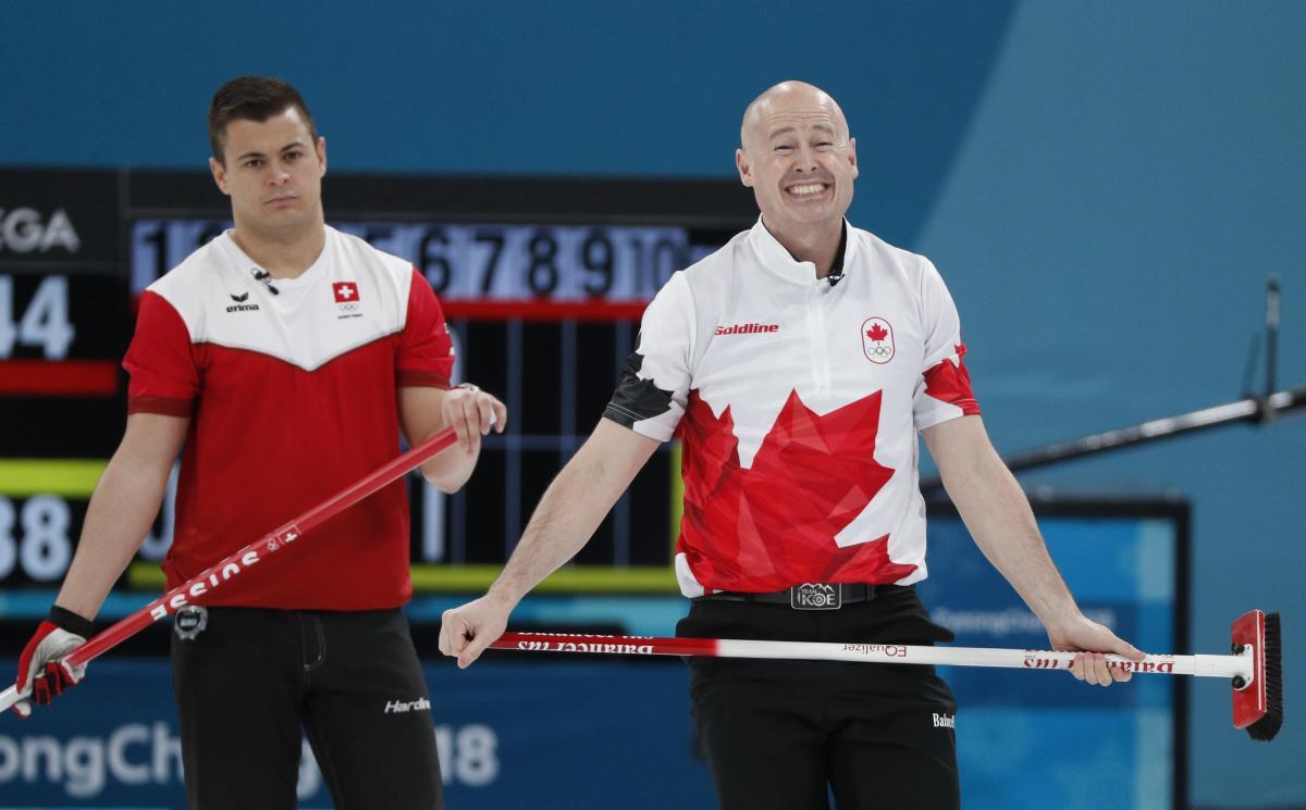 Сборная Швейцарии выиграла бронзу Олимпиады в керлинге / Reuters