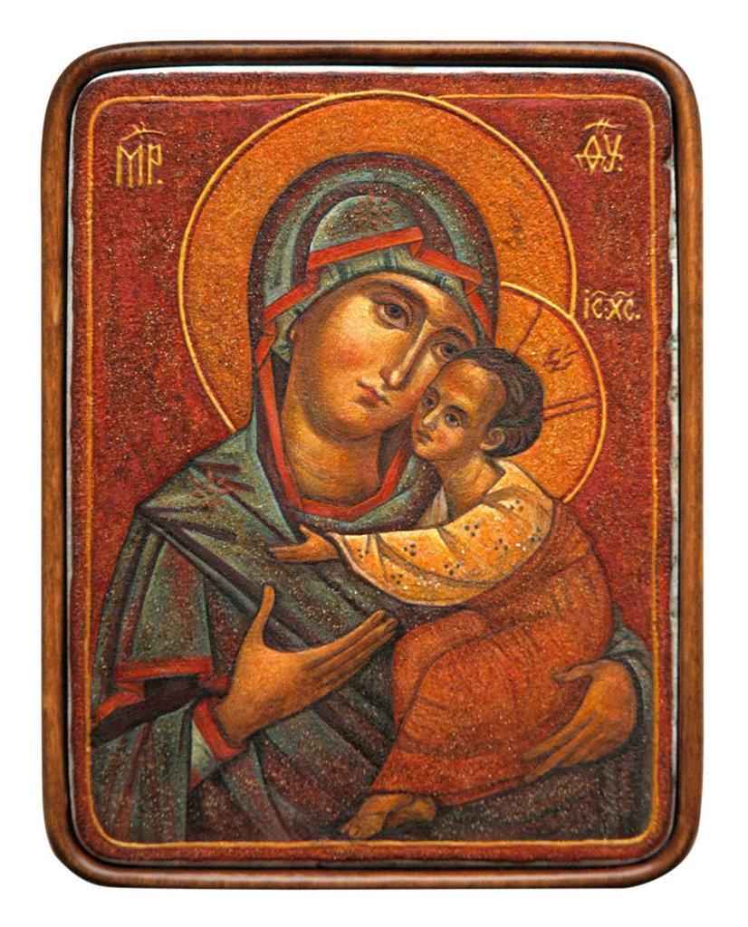 Ікона Богородиці створена з каменів і мінералів / minsknews.by
