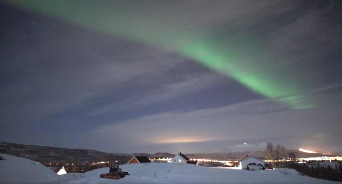 В Норвегии сняли на видео северное сияние / скриншот