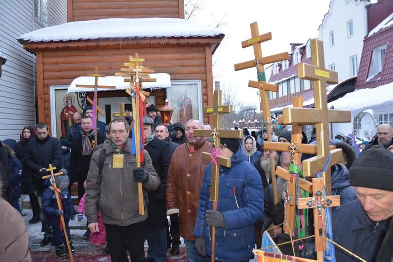 Крестный ход в Ровном / rivne.church.ua