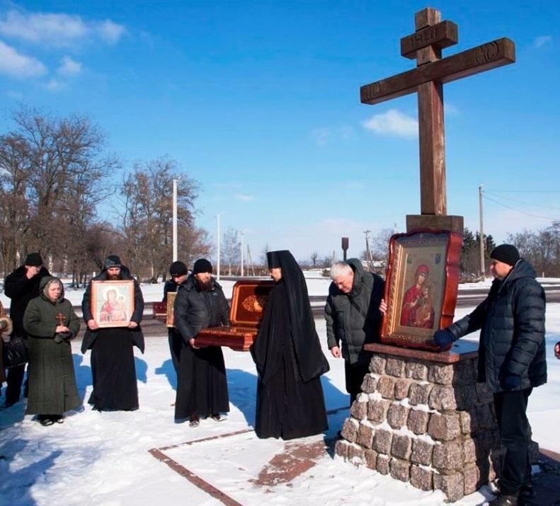 Завершилася Хресна хода особливою молитвою за Боже благословіння для міста Кропивницького / orthodox-kr.org.ua
