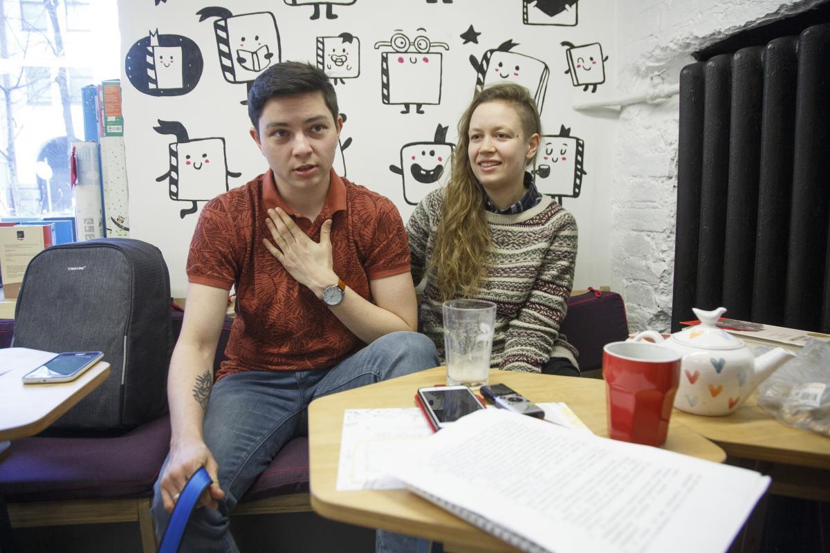 Активист утверждает, что в Украине трансгендерным людям снять жилье очень сложно / фото УНИАН