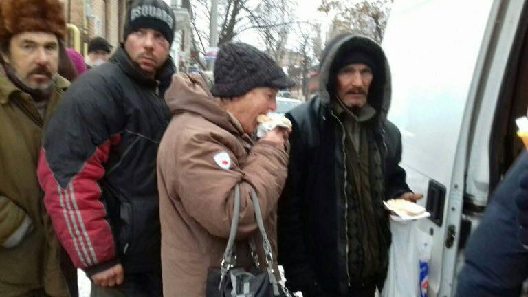Обеды для нуждающихся будут проводить еженедельно / upc.lviv.ua