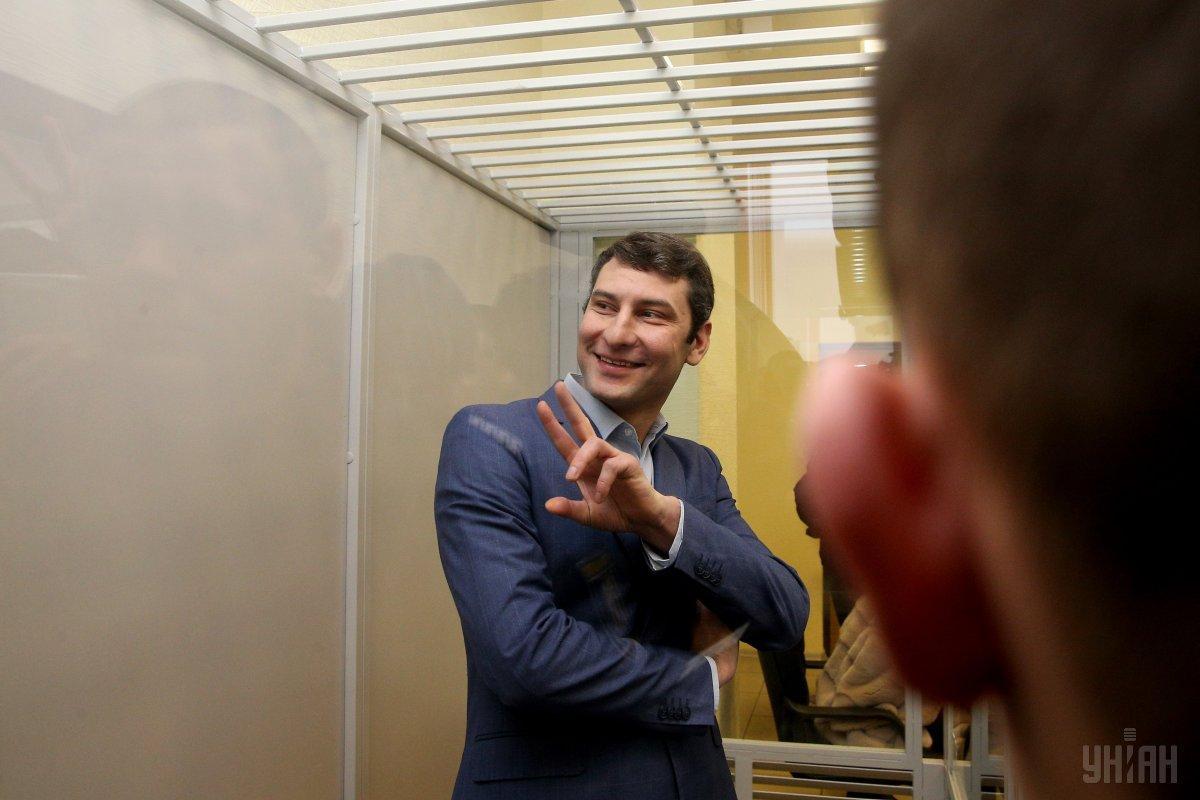 По словам защиты Дангадзе, из-за этого дела его матери сломали руку неизвестные / Фото УНИАН