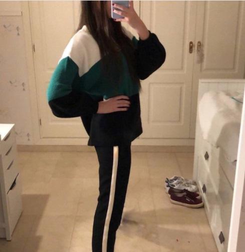 Сунули очень худой девушке