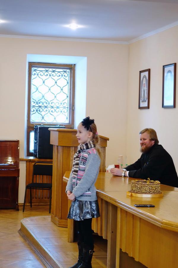 самая юная участница подготовила поздравление в стихотворной форме / lavra.ua