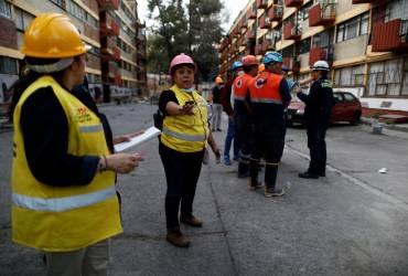 В Мексике после мощного землетрясения произошло 122 афтершока (фоторепортаж)