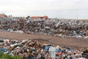 У Мозамбіку 17 осіб загинули через обвал купи сміття