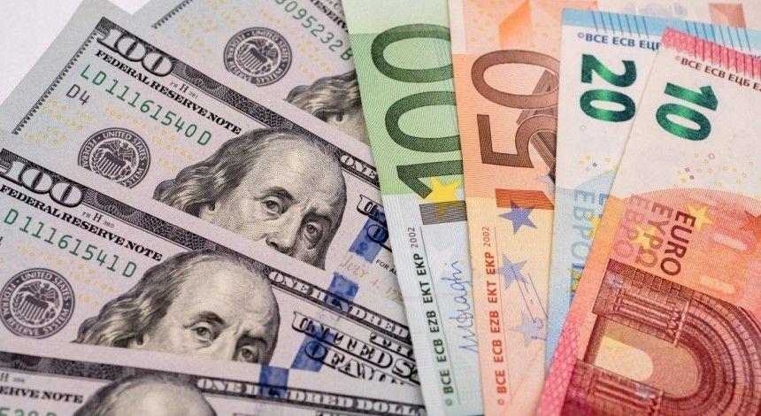 В НБУ пояснили, чому в Україні продовжує дорожчати валюта